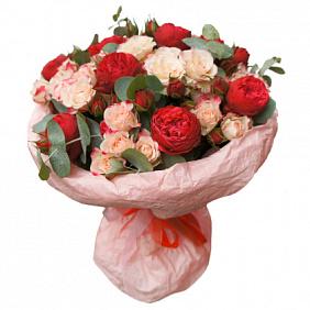 Купить букет из кустовых роз