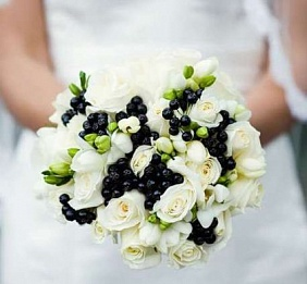 Цветов букет невесты из фрезии заказать в москве цветов