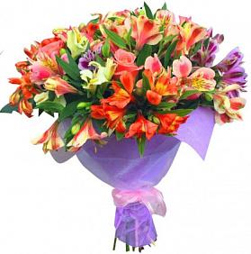 Красивые букеты цветов «С Днем рождения» девушке